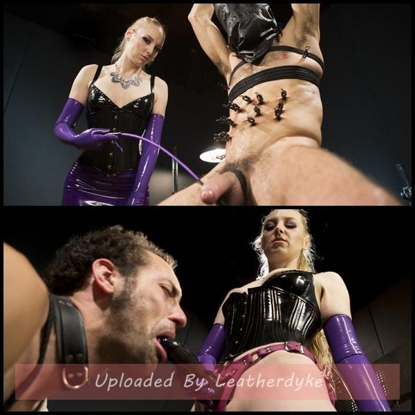 Svelte Blonde Delirious Hunter Punishes and Fucks Buttslut Slave (2020/HD/2.11 GB)