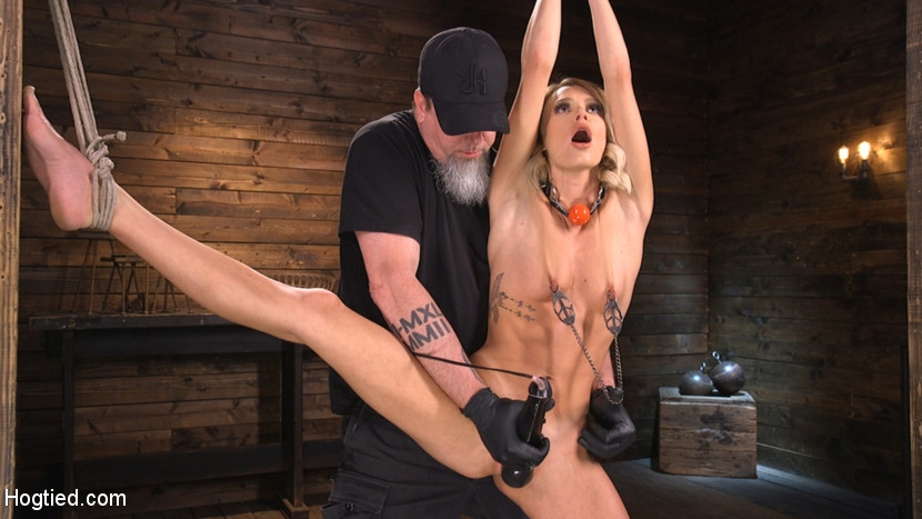 Hogtied - Emma Hix - Hard Fucked in the Pussy BDSM (2020/HD/1.86 GB)