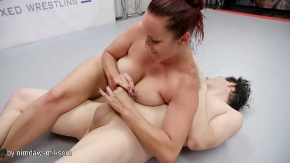 Evolved Fights - Bella Rossi, Marcelo - BDSM (2020/FullHD/801 MB)