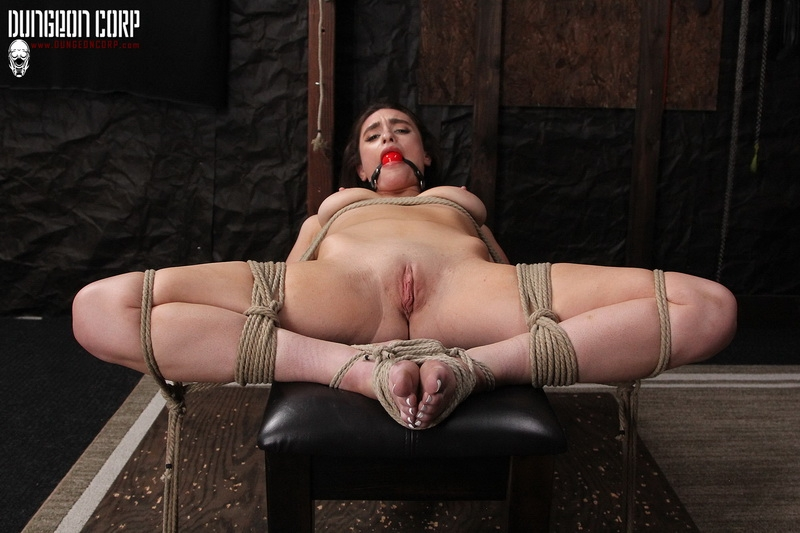 Society SM - Mia Taylor - Exploring Her Darkside (2020/FullHD/637 MB)