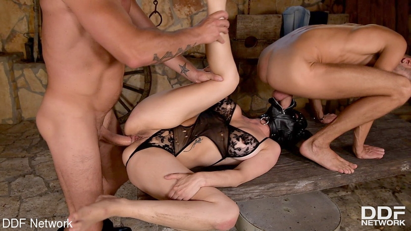 DDFNetwork - Mila Milan, Luca Ferrero, David Perry - BDSM (2020/FullHD/2.29 GB)