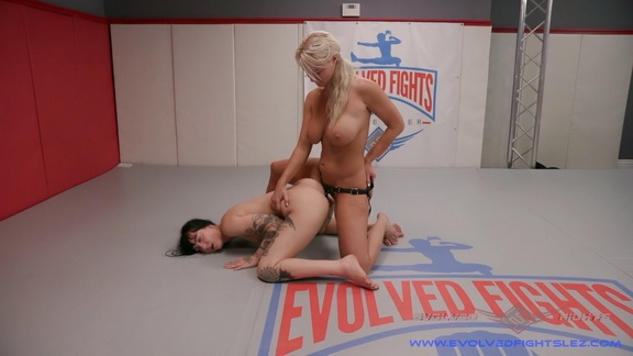 Evolvedfightslez - London River, Charlotte Sartre - BDSM (2020/FullHD/2.38 GB)